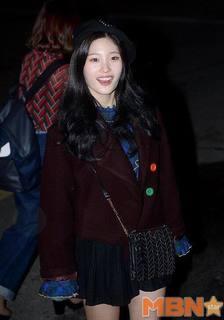 IOIチェヨン (16.12.23).jpg