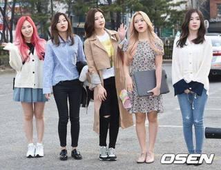 Red Velvet (16.3.25).jpg