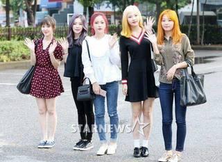 Red Velvet (16.9.9).jpg