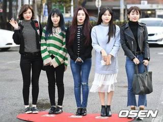 Red Velvet (17.2.17).jpg